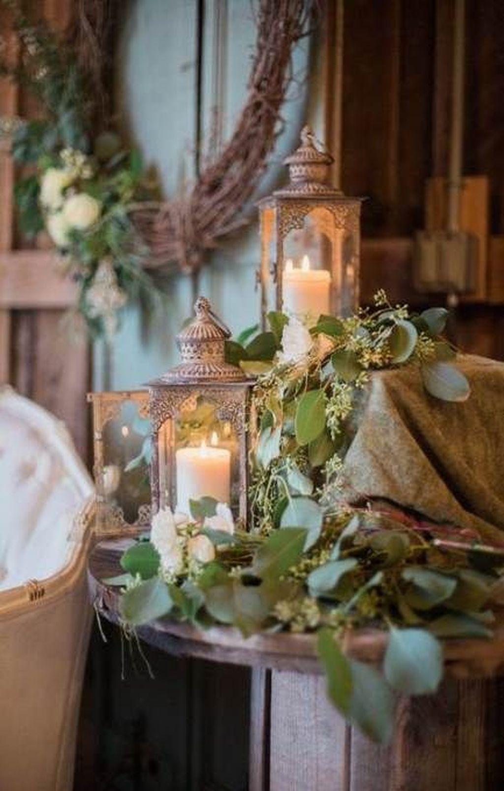Fabulous Winter Lantern Centerpieces Ideas 16 Pimphomee