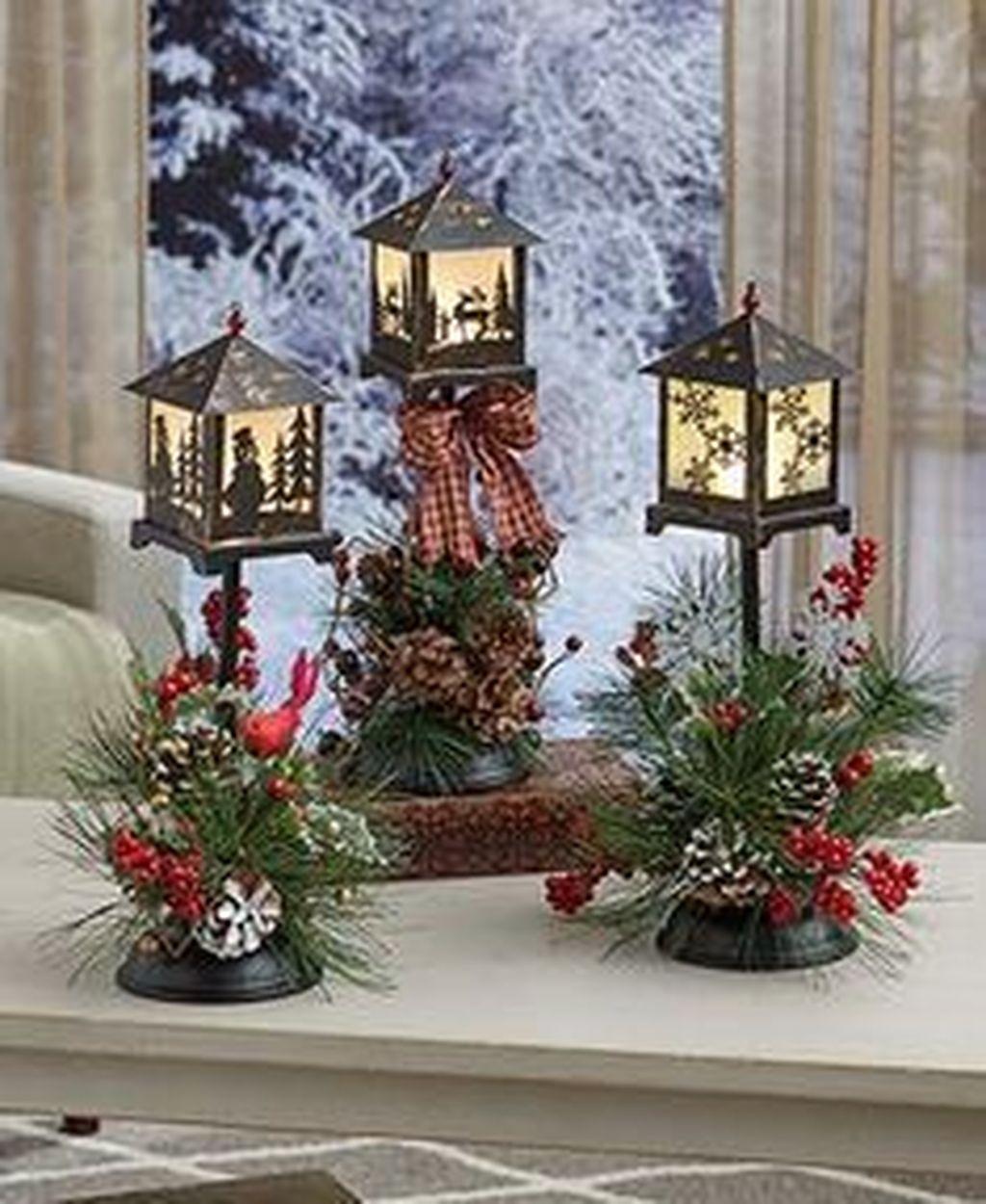 Fabulous Winter Lantern Centerpieces Ideas 33 Pimphomee