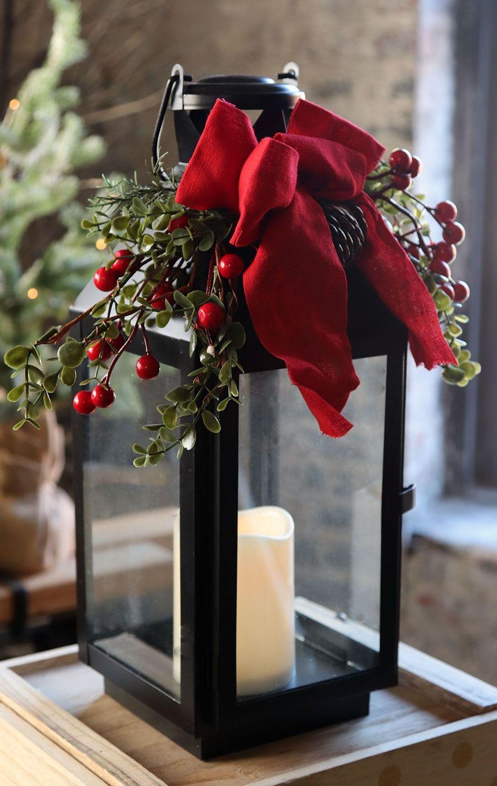 Fabulous Winter Lantern Centerpieces Ideas 36 Pimphomee