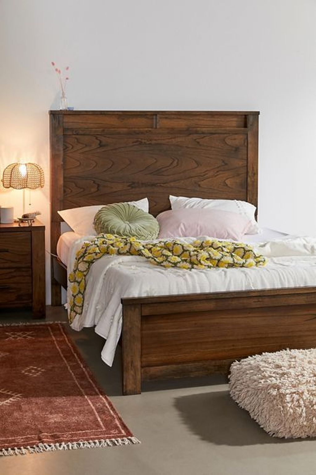 Amazing Vintage Wooden Bed Frame Design Ideas 31 Pimphomee