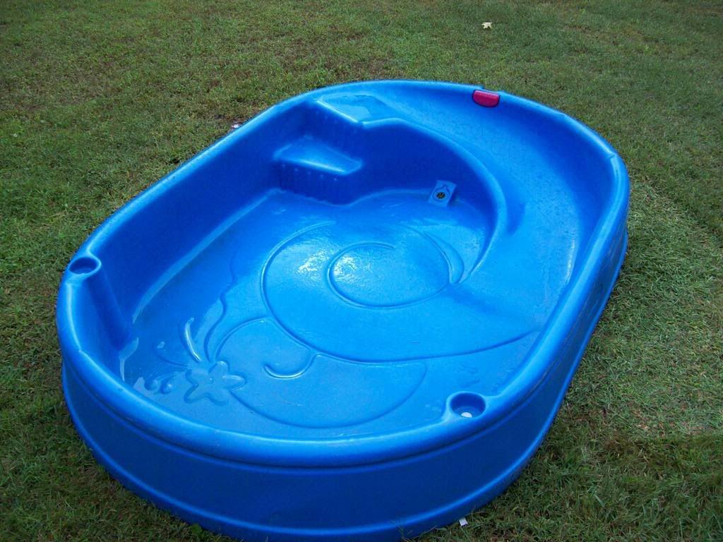 Little Tikes Swimming Pool
