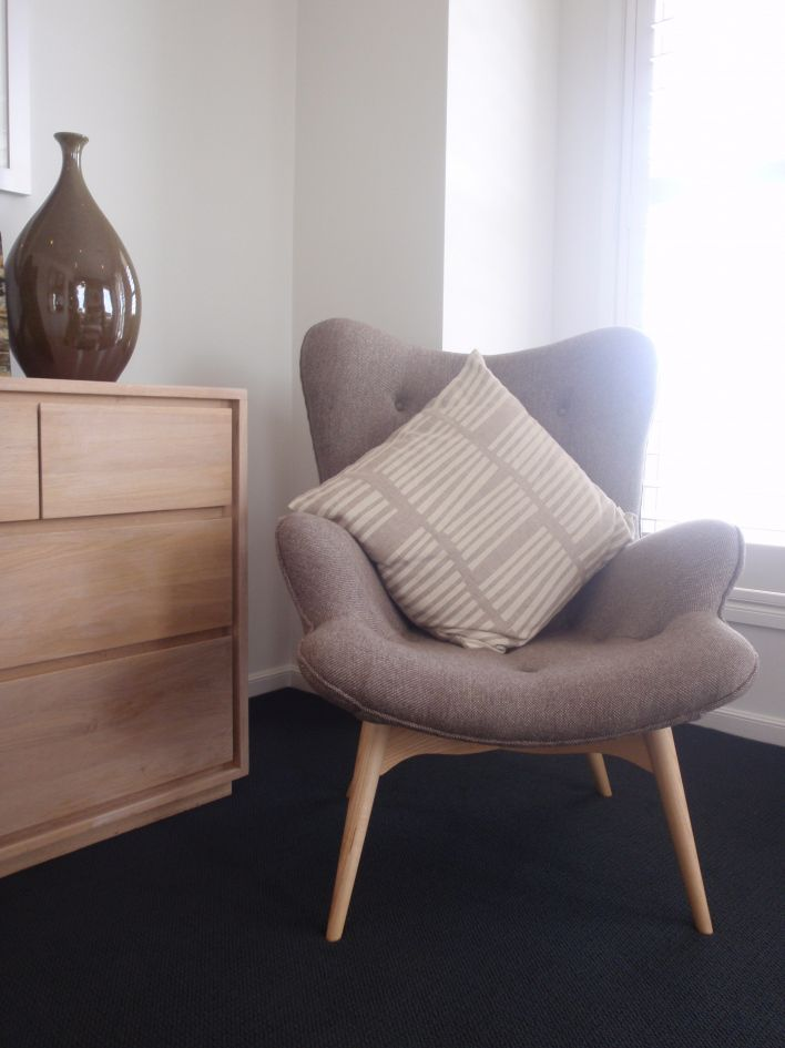 Small Comfy Chair For Bedroom