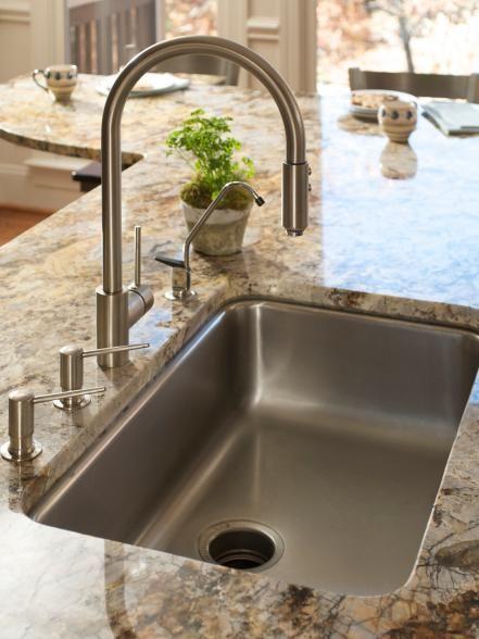 Kitchen Faucet With Soap Dispenser